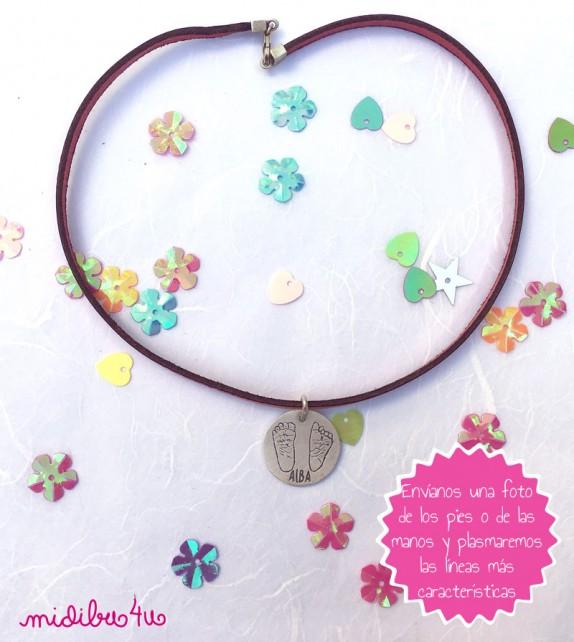 Colgante con medallas mama